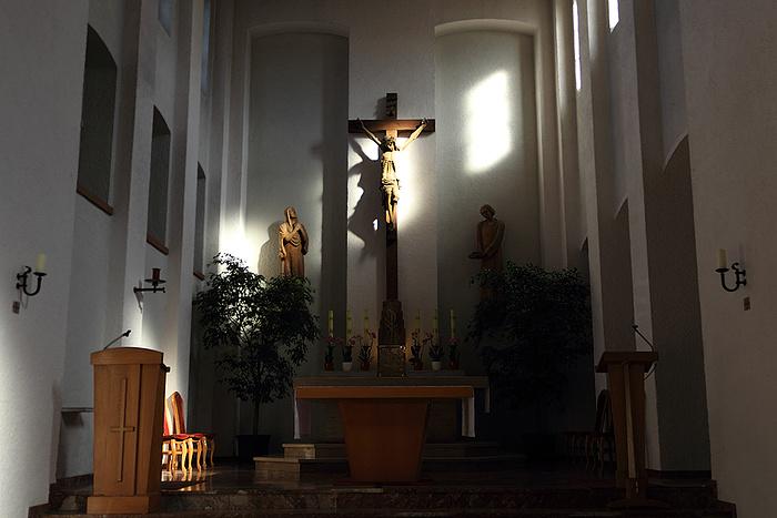 Klosterkirche mit Altarraum (2)