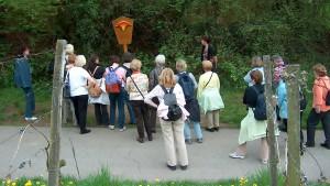 Pilgergruppe an Station 3